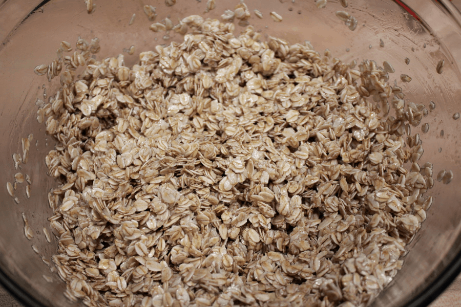 old fashioned oats, mix liquid ingredients mixed together in large glass bowl